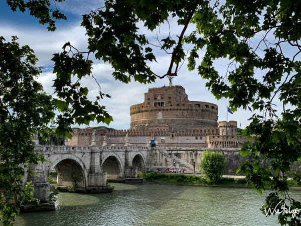 <span>Iphone – Castel Sant'Angelo Roma</span><i>→</i>